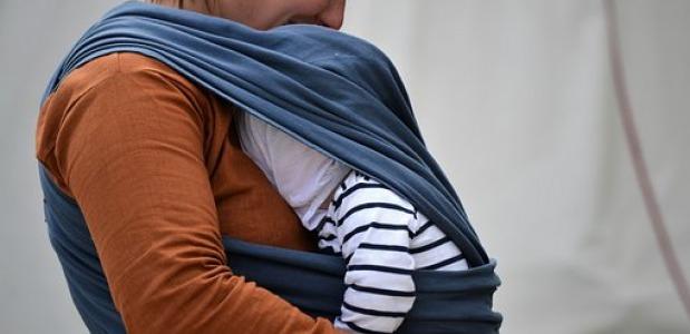 03f501dde24 Als je echter een draagdoek voor het eerst ziet, zou je in eerste instantie  wel eens kunnen denken ...