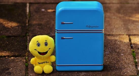 Hoe werkt de installatie van een amerikaanse koelkast?